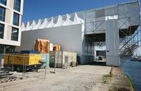 Bremerhaven: Kieskran erhielt Oberflächenbehandlung