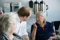 showimage Intensive Begegnung von Jung und Alt