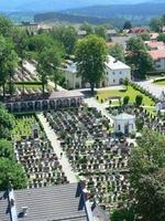 showimage Bayerischer Wald: Friedhof Zwiesel unter Top 10 in Deutschland