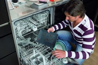 Oranier Küchentechnik: Moderne Geschirrspüler glänzen mit hoher Energie-Effizienz