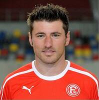 Maxell lädt Besucher der IFA in Berlin zur  Autogrammstunde mit Bundesliga-Fußballer Stefan Reisinger ein