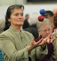 showimage Gehirn-Gesundheit ist mit Jonglieren trainierbar - auch für Menschen ab 50, 60 oder 70 Jahren