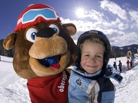 showimage Mit Skiern über die Hängebrücke und Yetis hinterher:  Das Ski Center Latemar Obereggen macht Kinder glücklich