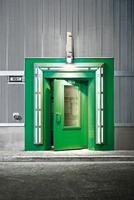 Wartungsfreies Verbundgleitlager für leichtes Öffnen schwerer Türen