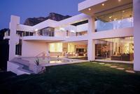 Mit Airbnb die Bachelor-Villa mieten