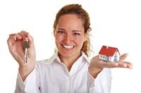"""Die Farbe """"LILA"""": Immobilienkauf rentiert sich vor allem in Mittelstädten"""