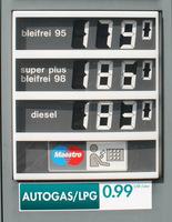 Autogas-Premiere auf dem Genfer Salon 2013