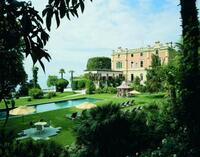 Grandhotel Villa Feltrinelli am Gardasee erhält Top-Auszeichnungen renommierter Magazine