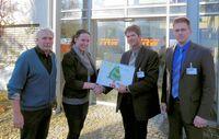 kontech  GmbH übergibt Adventskalender der Kinderstiftung Bodensee als Weihnachtspräsent an Partnerfirma TRW