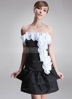 JennyJoseph ist die Online-Boutique für traumhafte Hochzeitskleider
