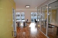 Lichtdurchflutete Büros im GMC Business Center
