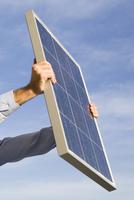 Energie selbst erzeugen mit Photovoltaik Batteriespeicher und mit der Wärmepumpe heizen