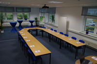 HIRAcon Unternehmensgruppe erweitert Seminarcenter in Neuss