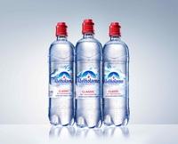 Die Alpen zum Trinken: Landor kreiert neues Etikettendesign für Adelholzener Mineralwasser