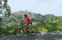 Auf dem Fahrrad durch die herrlichsten Weingegenden Europas