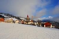 Bauernhof Urlaub Südtirol: Gesunder Schlaf im Zirbelkiefer Zimmer