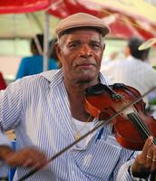 Feste auf Saint Lucia - fröhlich, bunt und mit viel Musik