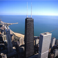Neuer Nervenkitzel auf dem Hancock Center in Chicago: die nach außen klappbaren TILT Fensterscheiben