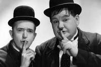 Gernsehclub - Bürger Lars Dietrich und Experte Christian Blees präsentieren Laurel und Hardy