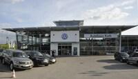 Kath Gruppe feiert Vorpremiere des neuen VW Golf Sportsvan