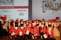 Über 1.200 Zuschauer feuerten die Schüler beim Berliner Vorentscheid der Deutsch-Türkischen Kulturolympiade an