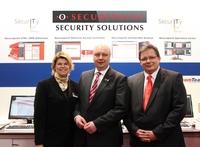 Minister Bode besucht Securepoint auf der CeBIT 2012