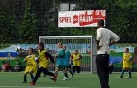 Hertha BSC, Werder Bremen und der 1.FSV Mainz 05 unterstützen Sozialprogramm für Jugendliche im Fußball