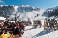 Sieben Gründe, warum Sonnen-Skilauf im Ski Center Obereggen-Latemar top ist