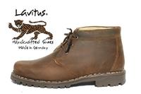Sparen mit handgemachten und zwiegenähten Schuhen