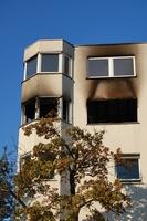 Gebäudeversicherung - Augenblicksversagen schließt grobe Fahrlässigkeit aus