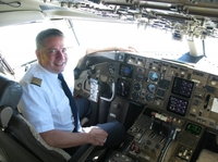 Pilot: Vier Streifen am Horizont