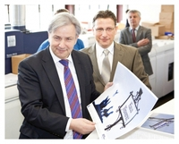 Regierender Bürgermeister von Berlin besucht Druck- und Mediendienstleister Polyprint in Adlershof