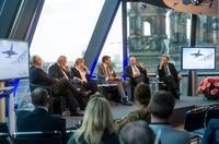 showimage Hauptstadtthema Flughafen. Welche städtebaulichen Änderungen Verschiebungen werden aus dem Flughafenumzug resultieren?