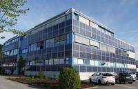 Frankens größte Photovoltaik-Fassadenanlage am Netz