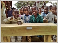 JASMIN sammelt Schulbänke für Kenias Kinder…
