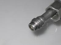 Kosteneffiziente Rohrumformung bei Kugelkopfdichtungen