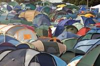 Pressemitteilung McKINLEY: Sommer, Sonne: Die Festival-Saison beginnt