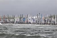 Weltgrößte Katamaran-Regatta vor der Küste von Texel