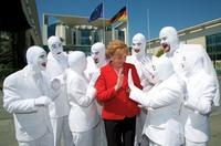 Stage Entertainment Touring Productions präsentiert brandneue Show VOCA PEOPLE: Notlandung in Deutschland!