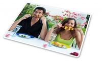 Die Grillsaison ist eröffnet: Grill-Accessoires mit Foto verleihen jeder Party die unverwechselbare Note