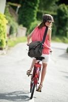 Mit Spaß und Stil ins Büro: Fahrradmode 2012