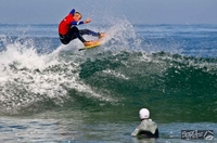 Der Münchner Paul Günther gewinnt die deutschen Hochschulmeisterschaften im Wellenreiten 2012
