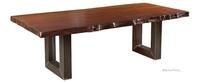 Massive Holztische und Möbel mit Alleinstellungsmerkmal
