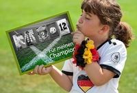 Originelle Fotogeschenke mit Alphabet-Fotos zur EM 2012
