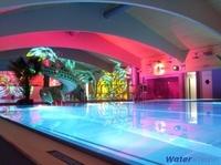 LED-Beleuchtung für Schwimmbäder