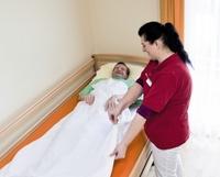 Pflege ohne Fesseln: Body-Fix ist die sanfte Alternative zur herkömmlichen Fixierung in der Alten- und Behindertenpflege