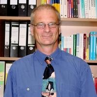 UNI.DE TV Interview mit Professor Brosius über die Bachelor Umstellung