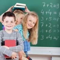 Alles für den Schulanfang 2012 auf markt.de: So wird der Start ins neue Schuljahr zum Kinderspiel