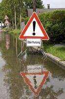 """ERGO Verbraucherinformation """"Hochsommer: Versicherungsschutz bei Unwetter"""""""