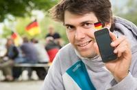EM-Fanartikel: Student peilt mit Hochschul-Projekt die erste Million an